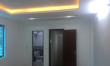Bán nhà xây mới tại Võ Chí Công, 35m2 xây dựng 5 tầng, nội thất cơ bản