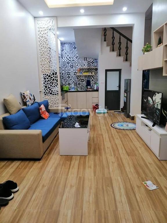 Nhà tự xây đẹp, nội thất xịn, phố Khương Đình 59m2x4T, giá nhỉnh