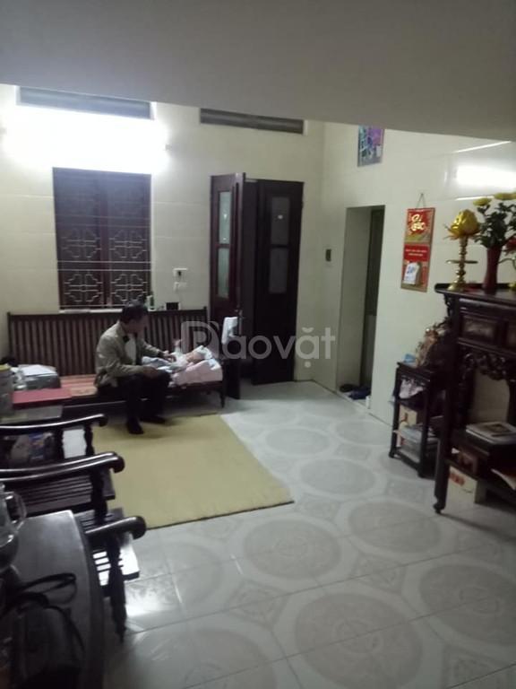 Bán nhà Thịnh Hào 33m, mặt tiền 4m, giá 2.8 tỷ