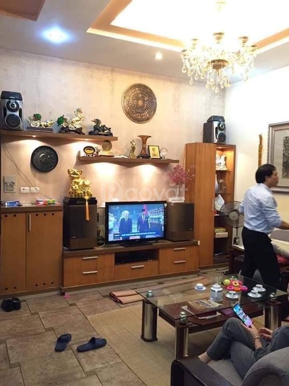 Bán gấp nhà Thái Thịnh, Đống Đa, 53m2 x 5T, MT 6m, ngõ nông an ninh