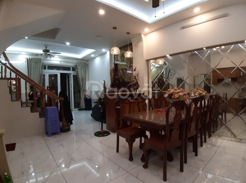 Bán nhà hẻm xe hơi Trần Hưng Đạo, Quận 1, 72m2, 5 lầu, 13,5 tỷ