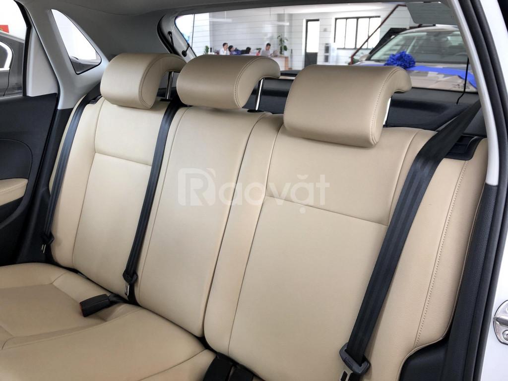 Volkswagen Polo 2020 nhập khẩu, tặng quà hấp dẫn