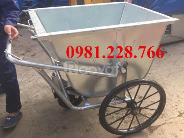 Cần bán xe đẩy rác 400 lít giá rẻ