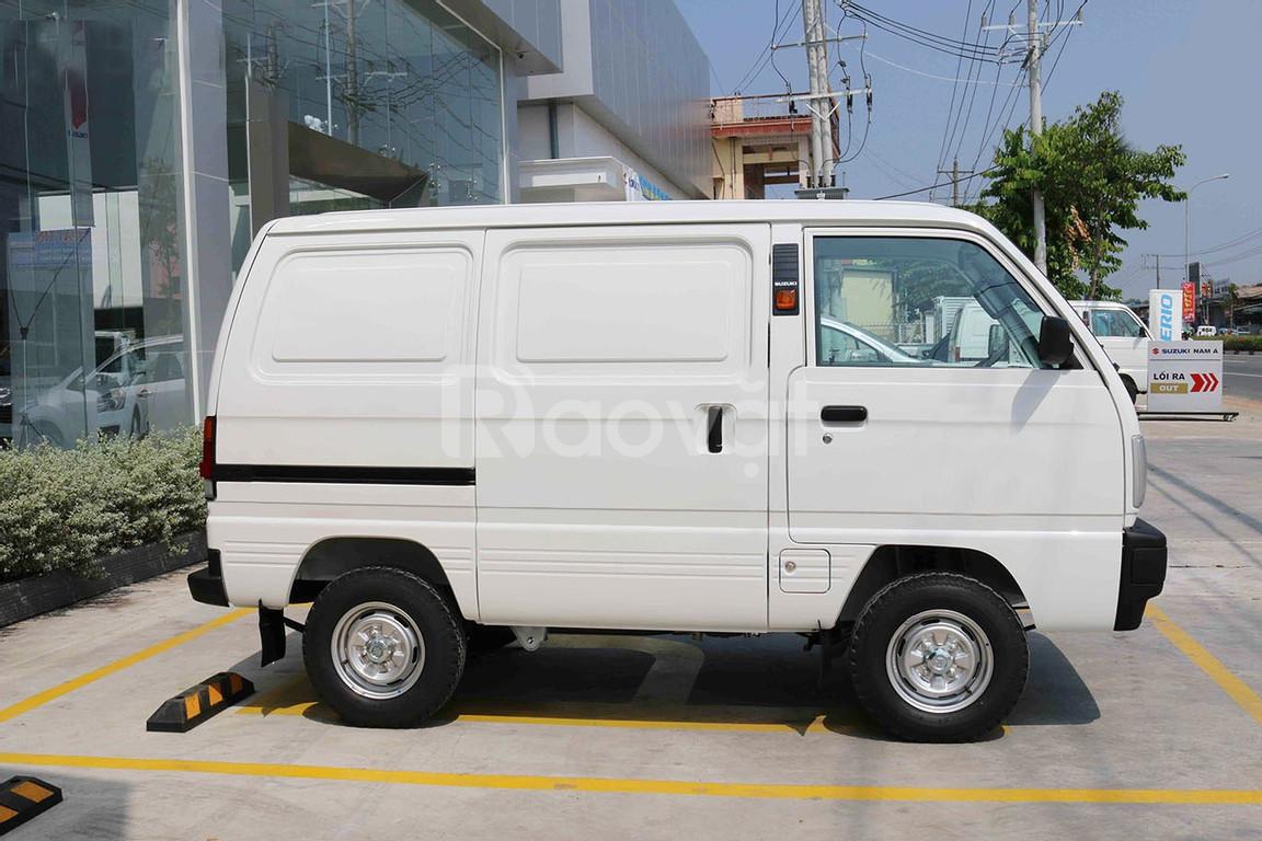 Xe Suzuki Blind Van 500 kg, khuyến mãi trả trước 20%