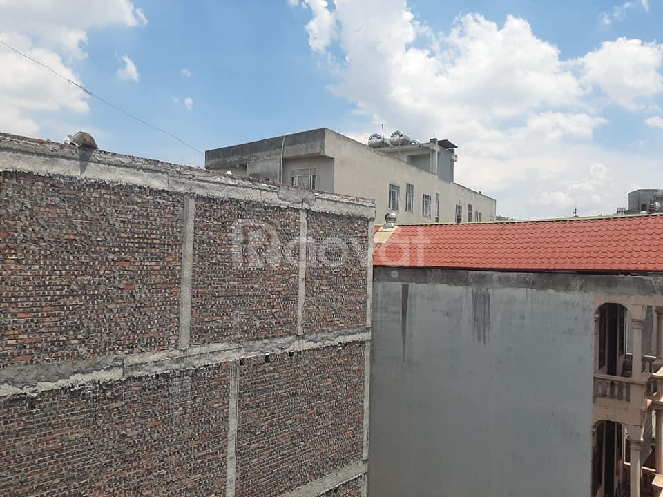 Bán đất tặng nhà 2 tầng, Vương Thừa Vũ, phân lô, ô tô đỗ, 39m3, 3,1 tỷ.