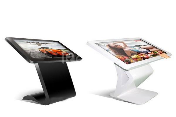 Màn hình LCD 32 inch cảm ứng chân quỳ