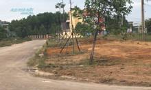 Gia đình cần bán gấp lô đất đẹp nằm gần chợ Chánh Lưu 120m2.