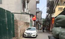 Bán đất 40m2 nở hậu, ô tô vào thẳng nhà giá 2 tỷ tại Phú Đô