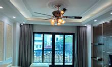 Nhà đẹp kinh doanh, phố vip Đỗ Quang, thang máy, ô tô vào nhà