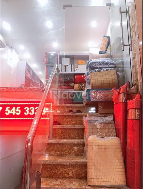 Nhượng Shop chăn ga gối đệm, đang kinh doanh tốt ở Nam Từ Liêm