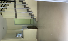 Cho thuê nhà 5 phòng ngủ, 4 toilet hẻm C4 Phạm Hùng
