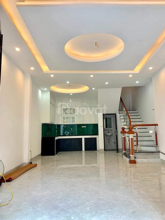 Bán nhà phố Vương Thừa Vũ kinh doanh văn phòng, ô tô vào nhà, 52m2*5T giá 5.7 tỷ