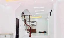 Bán nhà Bồ Đề, 40m2, 5 tầng, nhà xây mới, bán nhanh 3tỷ
