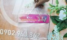 Hanger bọc nhựa PVC, vỉ treo nhựa PVC trưng bày quảng cáo sản phẩm.