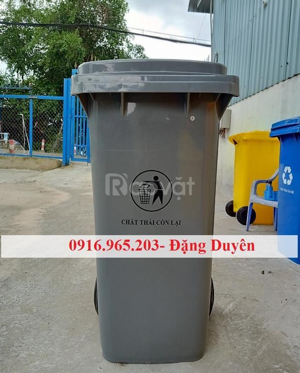 Giá thùng rác nhựa 240l