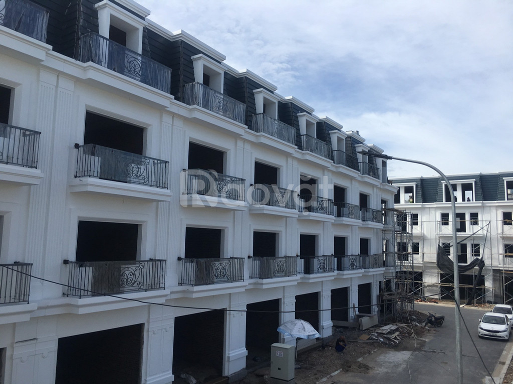 Bán nhà xây mới 4 tầng, khu Vĩnh Niệm, ô tô đỗ cửa hỗ trợ vay NH 70%