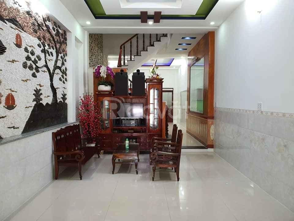 Bán nhà Tân Bình, Tân Trang giáp Quận 10, 4.3x17m, chỉ 7 tỷ 1, gần Đại Học Bách Khoa (ảnh 1)