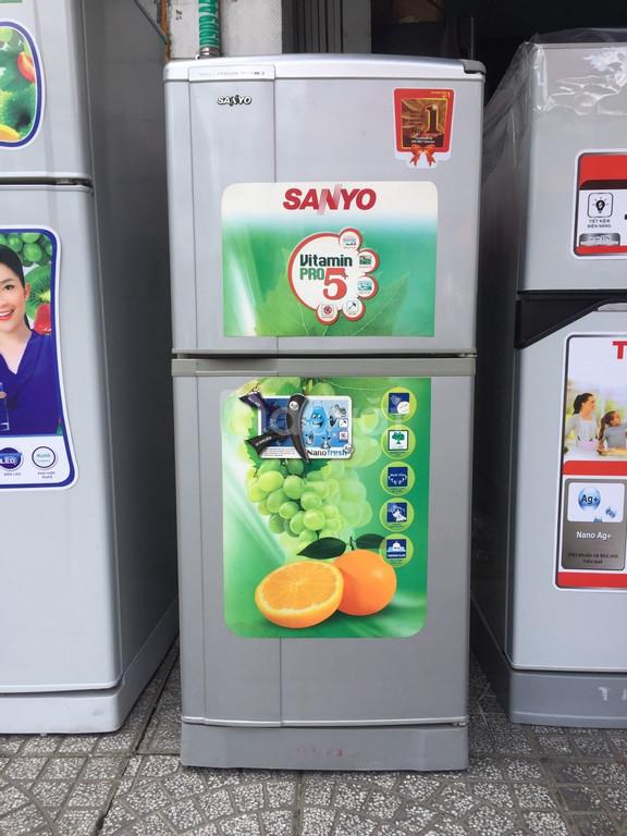 Tủ lạnh Sanyo Aqua 156 lít, kèm chân nhựa (ảnh 1)