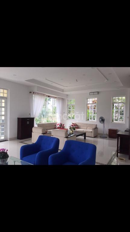 Biệt thự 20x20 có nội thất, đã ra sổ, Đông Tăng Long