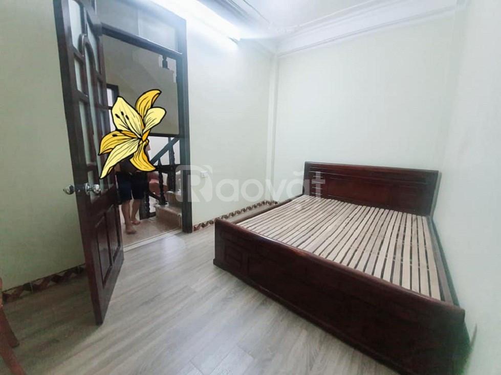 Bán nhà Kim Giang quận Thanh Xuân 50m 4 tầng 3 phòng ngủ giá 2.75 tỷ