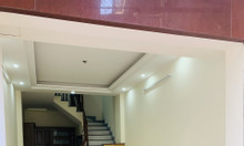 Bán gấp nhà riêng 5 tầng xây mới Đường Cổ Nhuế Giá 2,8 Tỷ