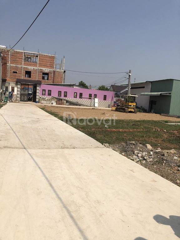 Cần bán gấp 97m2 thổ cư đường ô tô bê tông tại xã Phú Đông