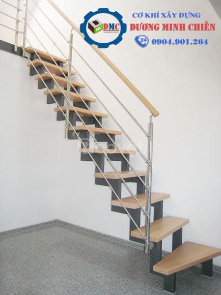 Mẫu cầu thang sắt đẹp, hiện đại mới 2020 (ảnh 3)