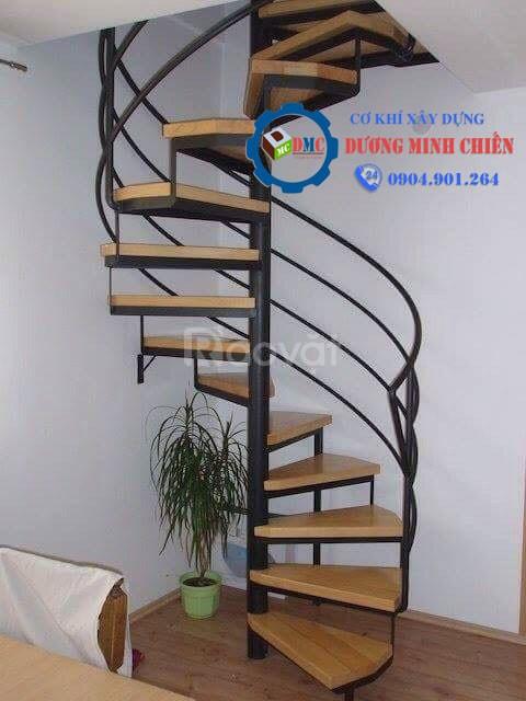 Mẫu cầu thang sắt đẹp, hiện đại mới 2020 (ảnh 7)