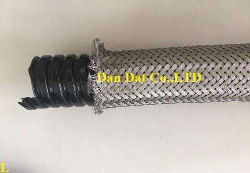 Báo giá vật tư công trình: Ống luồn dây điện bọc nhựa bọc lưới inox
