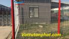 Hàng rào lưới thép, hàng rào mạ kẽm, hàng rào công ty D4,D6 giá rẻ (ảnh 1)