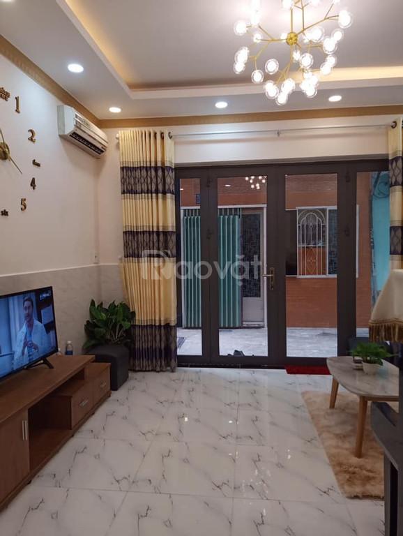 Bán nhà Phạm Văn Hai, phường 3, Tân Bình, 4 phòng ngủ