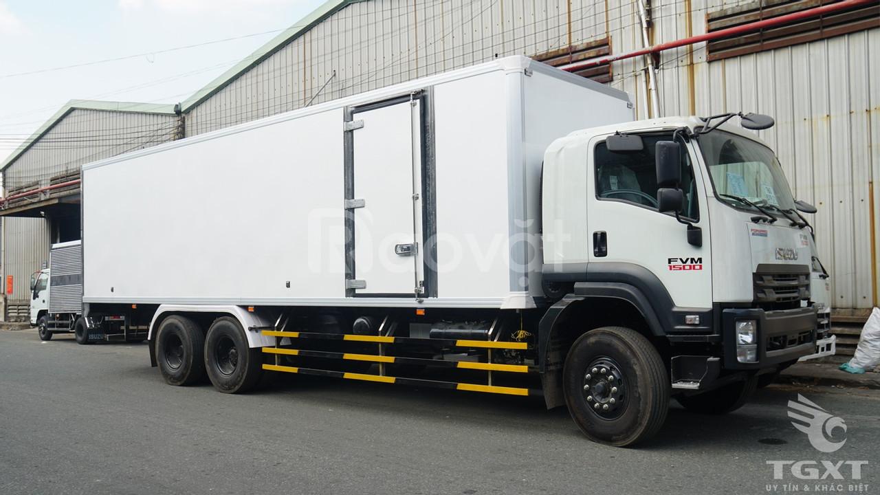 Xe tải Isuzu FVM1500 thùng bảo ôn 14 tấn (ảnh 4)