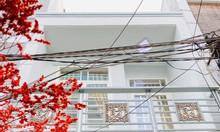 Trung tâm Gò Vấp:HXH,2 tầng lung linh, tặng nội thất