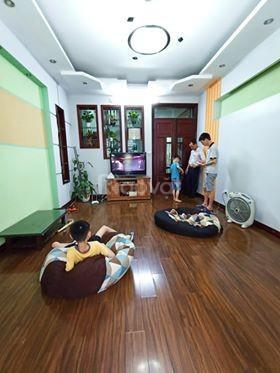 Nhà đẹp, ngõ rộng, ôtô đi thoải mái khu Yên Hòa 50m2 4T giá 4.8 tỷ