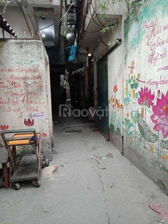 Bán nhà chính chủ phố chợ Khâm Thiên, Đống Đa, DT 30m x 5T, MT 5.2m giá chỉ 2.5 tỷ