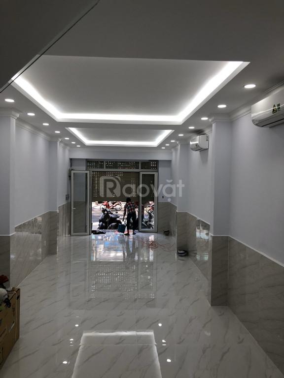 Cần bán gấp nhà mặt phố 77 Trần Quang Khải, Quận 1, Tp.HCM