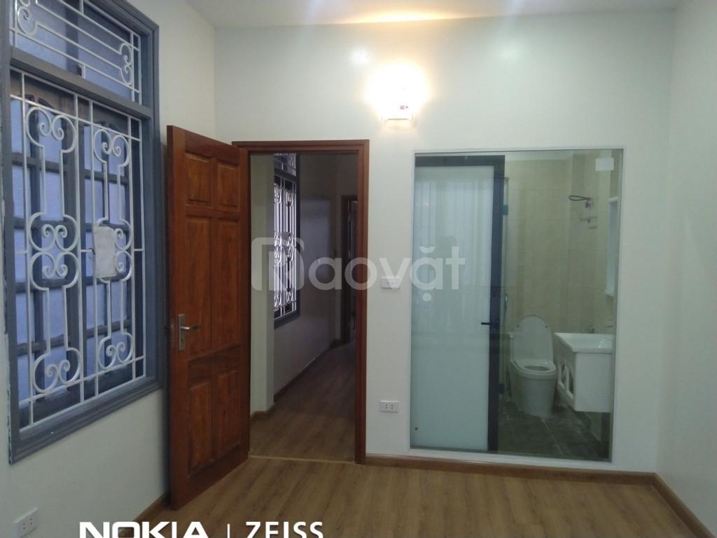 Bán nhà Khương Đình Quận Thanh Xuân 4 tầng 4 phòng ngủ 3 thoáng