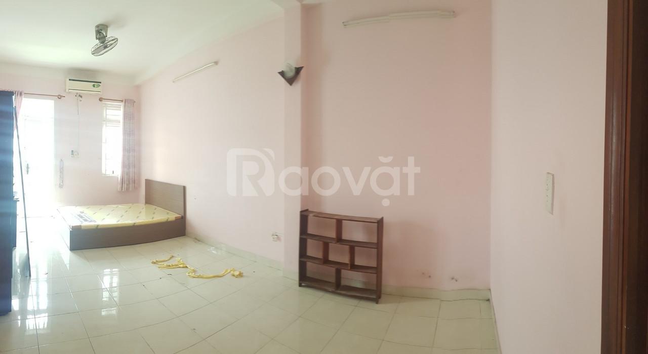 Phòng đẹp, full nội thất đường Dương Khuê, Tân Phú, giờ giấc tự do