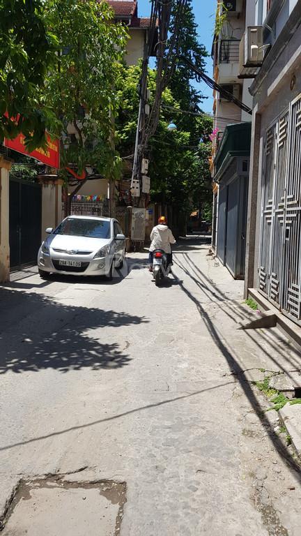 Bán nhà 266 Nguyễn Văn Cừ, Bồ Đề, 60m2 hướng Đông Nam (ảnh 1)