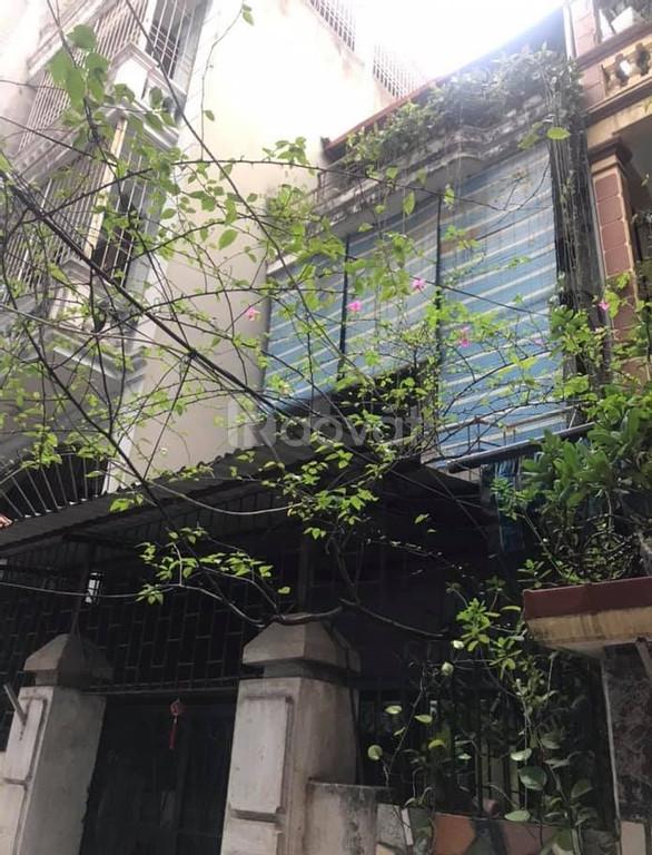 Bán đất tặng nhà ở Phạm Văn Đồng, DT 52m2, giá 4.6 tỷ