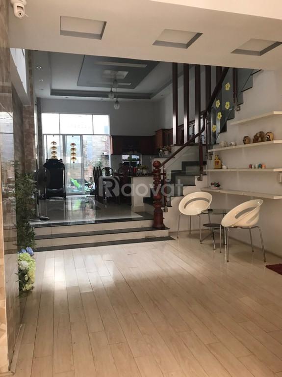 Cho thuê nhà nguyên căn khu dân cư Tân Thuận Nam quận 7