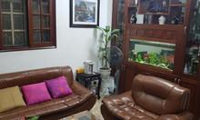Nhà giá rẻ phố Ngọc Hà, 3 tầng, mặt tiền 3,2m, giá hơn 2 tỷ.