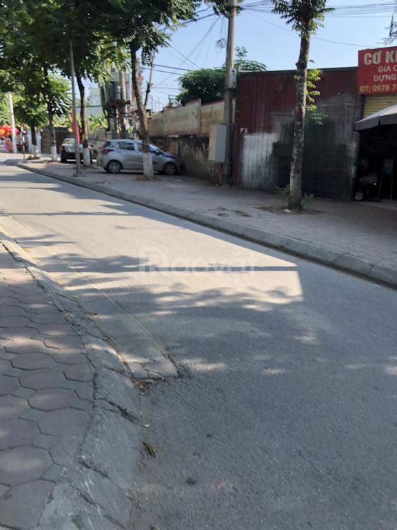 TT Hoàng Mai 30m x 5T ôtô đỗ cổng cách phố 10m