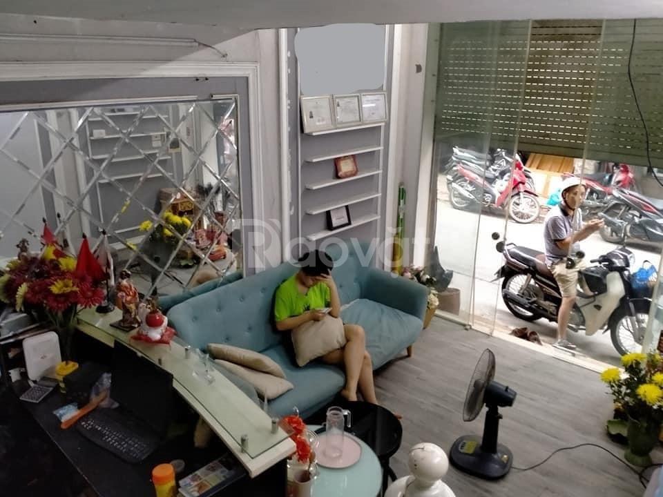 Bán nhà mặt phố Trung Liệt 21m2, kinh doanh sầm uất