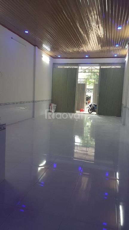 Nhà mặt tiền Lý Thái Tổ, Bảo Lộc, DT 5x43m (ảnh 1)