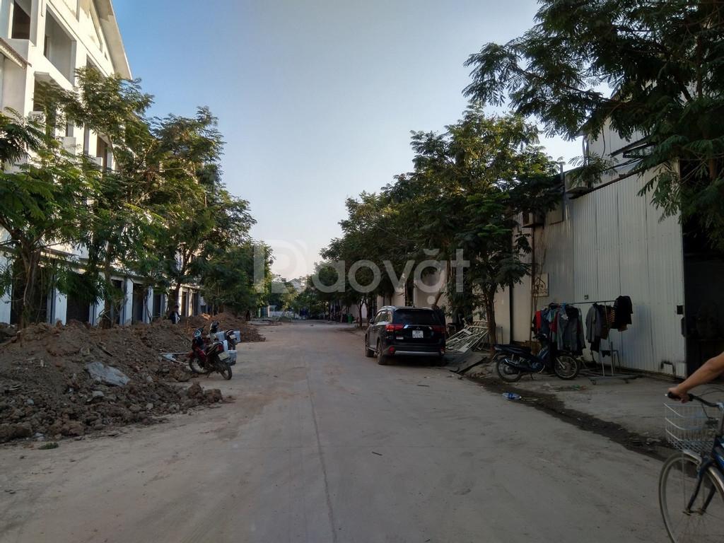 Mặt bằng kho tại đường Phú Diễn, diện tích 450m (ảnh 1)