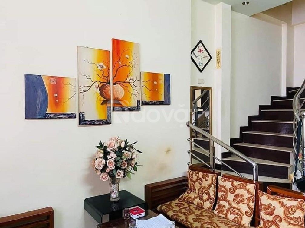 Bán nhà Kim Mã Ba Đình 5 tầng chính chủ tặng nội thất Giá 2.85 tỷ
