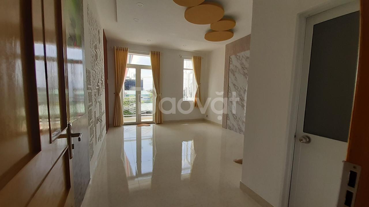 Nhà mới xây đẹp 4x14m KDC VIP sát Hóc Môn (ảnh 4)