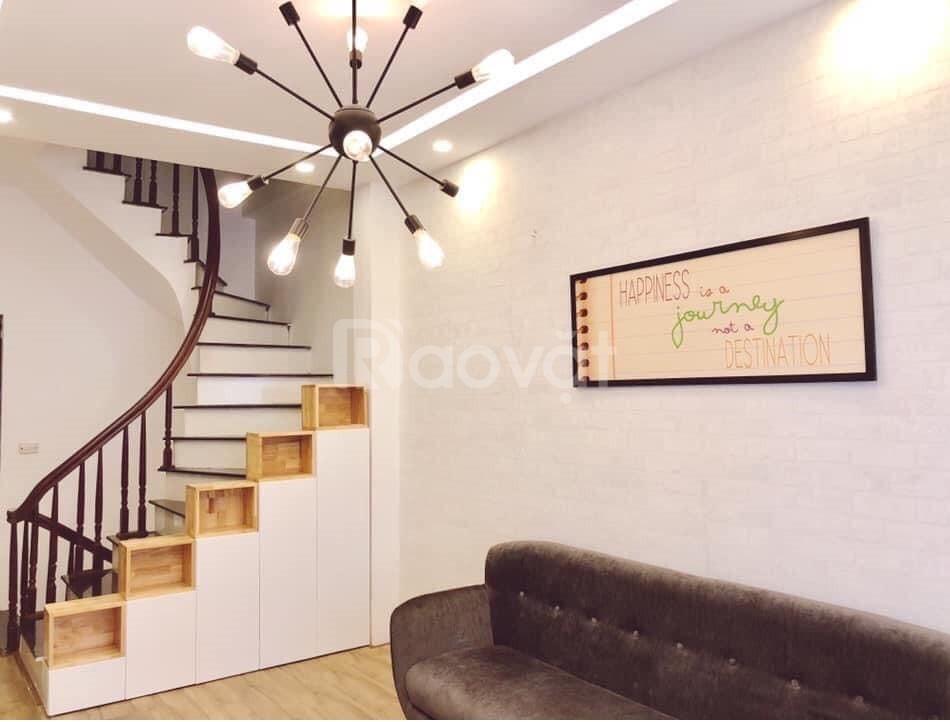 Nhà gần phố Tân Mai giá rẻ