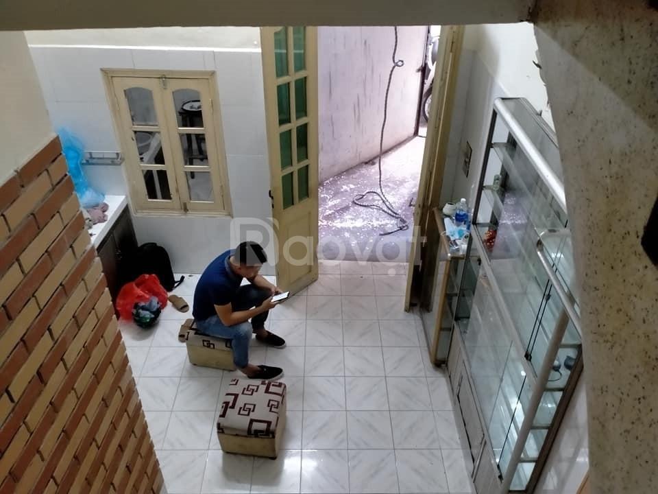 Nhà Thịnh Hào 23m2x4T, ô tô đỗ cổng, KD